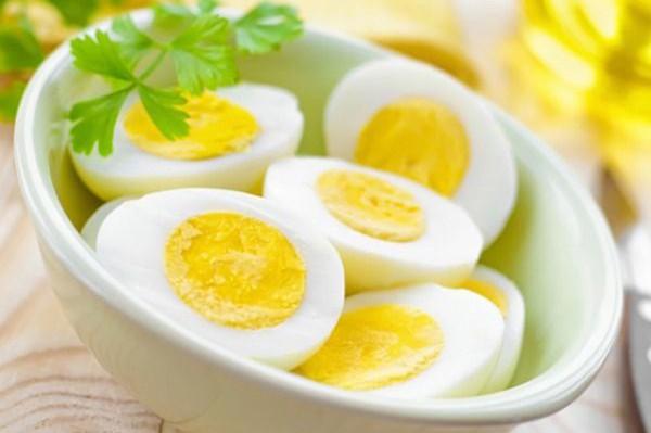 Thực hư chuyện trứng không tốt cho người máu nhiễm mỡ - Ảnh 1.