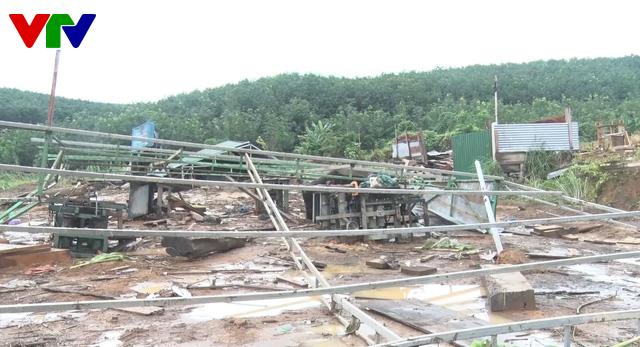 Kon Tum khẩn trương khắc phục hậu quả mưa lũ tại huyện biên giới Ia HDrai - Ảnh 1.
