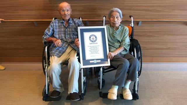 Nhật Bản lập kỷ lục cặp vợ chồng đang sống thọ nhất thế giới - Ảnh 1.