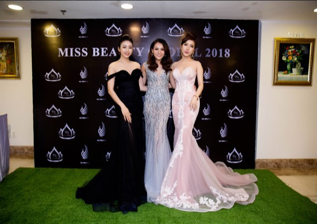 Hoa hậu Nhật Phượng khoe vẻ đẹp huyền bí tại cuộc thi sắc đẹp - Ảnh 11.