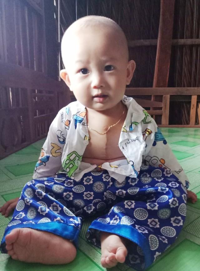 Thương bé 1 tuổi chống chọi với bệnh tim từng ngày - Ảnh 1.