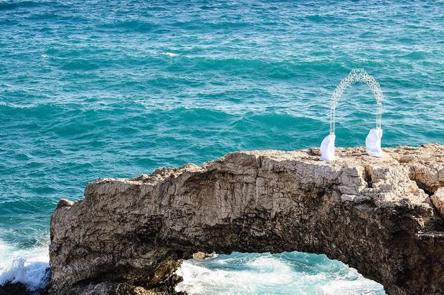 Lạc lối trong 8 hang động biển đẹp nhất thế giới - Ảnh 8.