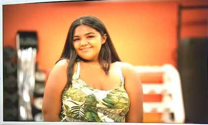 Thí sinh có ngoại hình đặc biệt tại cuộc thi Hoa hậu Hoàn vũ Guam - Ảnh 1.