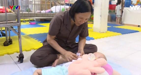 Thiện tâm ở ngôi chùa chăm sóc trẻ mồ côi, khuyết tật - Ảnh 1.
