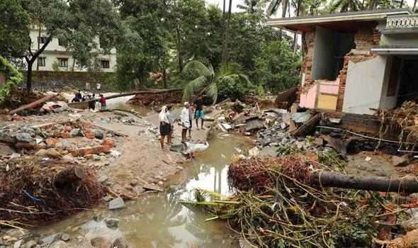 Ấn Độ: Hơn 1 triệu người phải sơ tán do mưa lũ - Ảnh 3.
