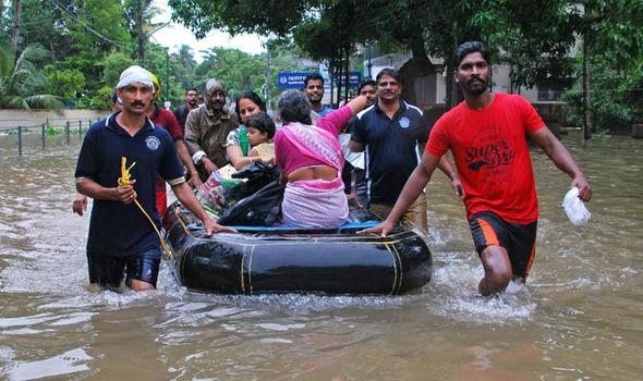 Ấn Độ: Hơn 1 triệu người phải sơ tán do mưa lũ - Ảnh 4.