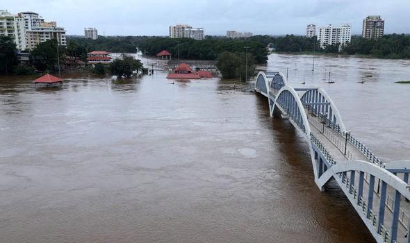 Ấn Độ: Hơn 1 triệu người phải sơ tán do mưa lũ - Ảnh 6.