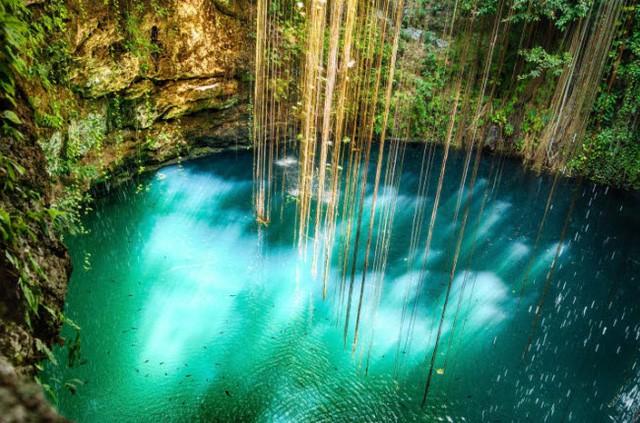 Những bể bơi tự nhiên đẹp mê hồn khắp thế giới - Ảnh 7.