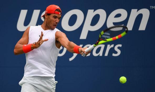 Rafael Nadal sẽ copy chiến thuật của Roger Federer vào năm 2019? - Ảnh 1.