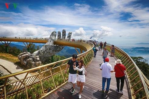 Du lịch Đà Nẵng hút khách dịp nghỉ lễ 2/9 - Ảnh 1.