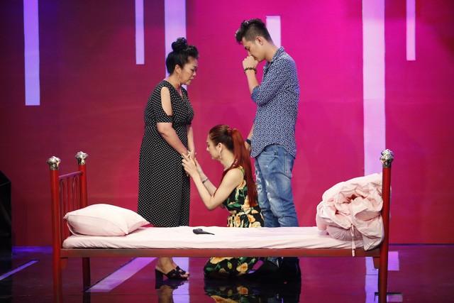 Khánh Chi tiết lộ lý do đánh đổi cả mạng sống để làm con gái - Ảnh 1.