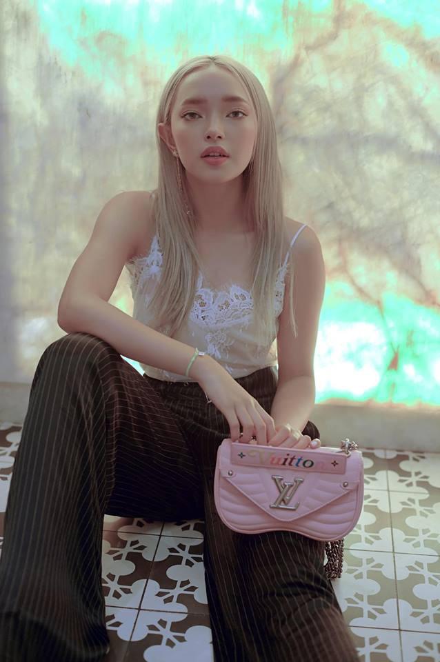 Châu Bùi, người truyền cảm hứng thời trang của giới trẻ - Ảnh 1.