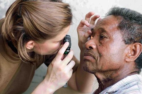 Những điều cần biết về bệnh đau mắt hột - Ảnh 3.