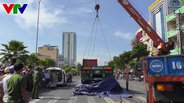 Đà Nẵng họp khẩn để tìm giải pháp hạn chế tai nạn giao thông - Ảnh 1.