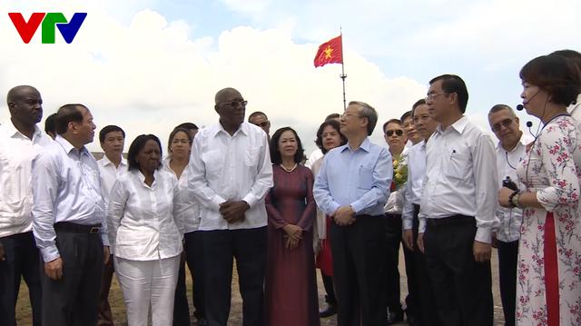 Đoàn đại biểu lãnh đạo Đảng, Nhà nước Cuba thăm Quảng Trị - Ảnh 1.
