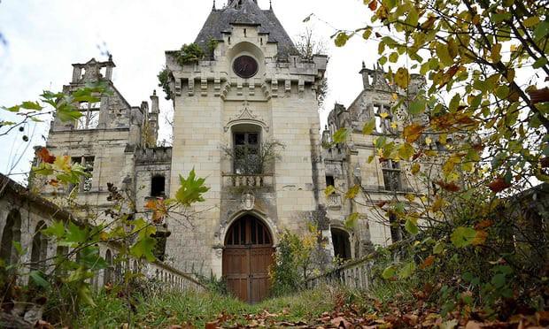 Tòa lâu đài nghìn năm tuổi sống lại nhờ điều kỳ diệu - Ảnh 3.