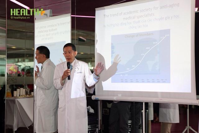 """Phẫu thuật robot """"trị"""" ung thư tiền liệt tuyến cho bác sỹ người Nhật - Ảnh 2."""