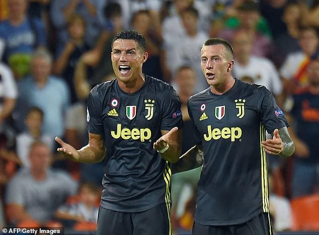 Ronaldo gây thất vọng trong lần đầu trở lại Tây Ban Nha - Ảnh 2.