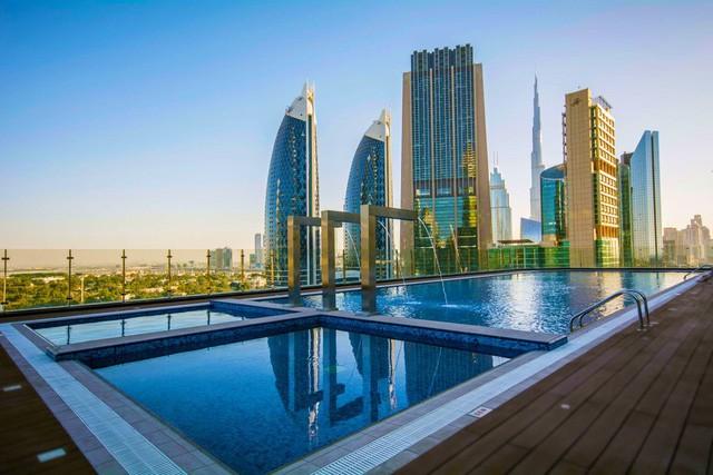 Bên trong khách sạn sang chảnh cao và đắt nhất thế giới - Ảnh 1.