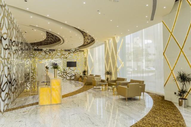 Bên trong khách sạn sang chảnh cao và đắt nhất thế giới - Ảnh 3.