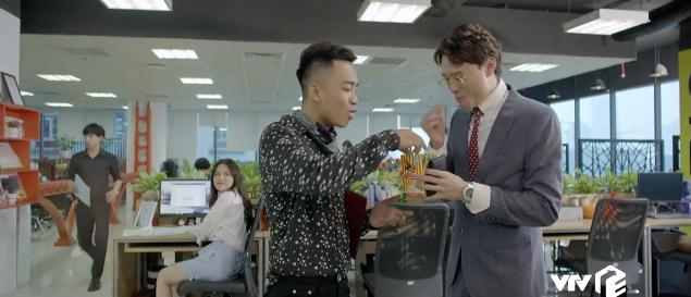 Yêu thì ghét thôi: Chiêu trả thù của Kim (Phanh Lee) khiến sếp soái ca cứng họng - Ảnh 3.