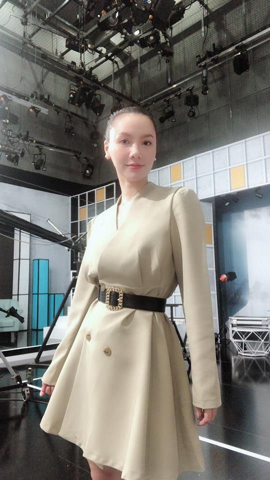 Gu thời trang thanh lịch của MC Minh Hà - Ảnh 15.