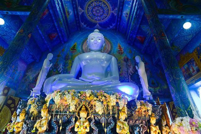 Mê mẩn trước ngôi đền xanh biếc, trăm năm tuổi - Ảnh 11.