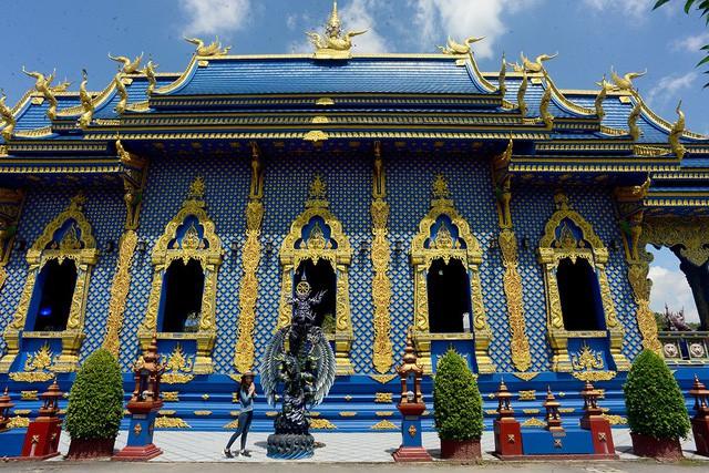 Mê mẩn trước ngôi đền xanh biếc, trăm năm tuổi - Ảnh 6.