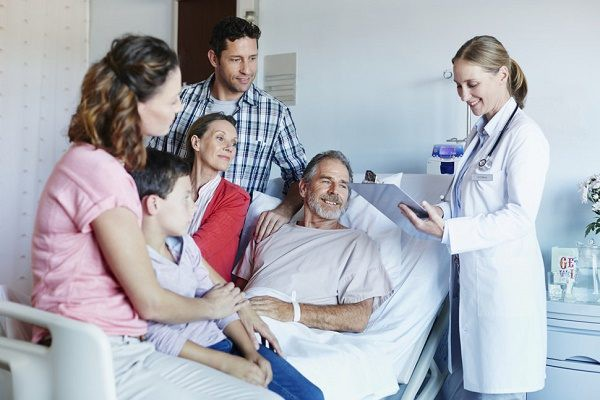 Ung thư xương: Căn bệnh di căn nhanh như cơn lốc - Ảnh 2.