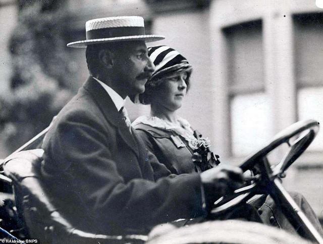 Những bà quả phụ giàu có nhất trên tàu Titanic tặng gì cho người cứu mạng họ? - Ảnh 7.