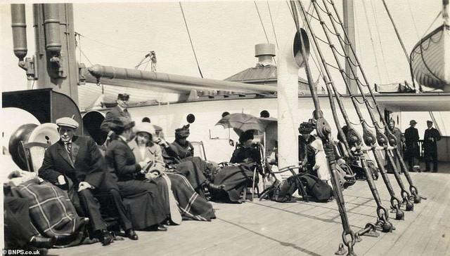 Những bà quả phụ giàu có nhất trên tàu Titanic tặng gì cho người cứu mạng họ? - Ảnh 9.