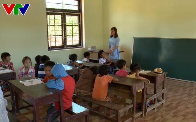 Khánh thành ngôi trường ở làng Khe Chữ, Quảng Nam sau sạt lở - Ảnh 2.
