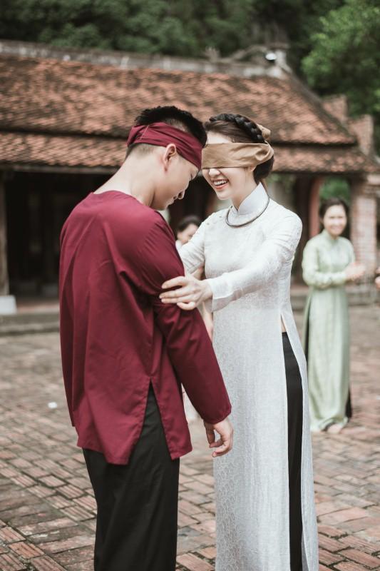 MC Thụy Vân, Hạnh Phúc lần đầu khoe giọng hát quan họ ngọt lịm - Ảnh 3.