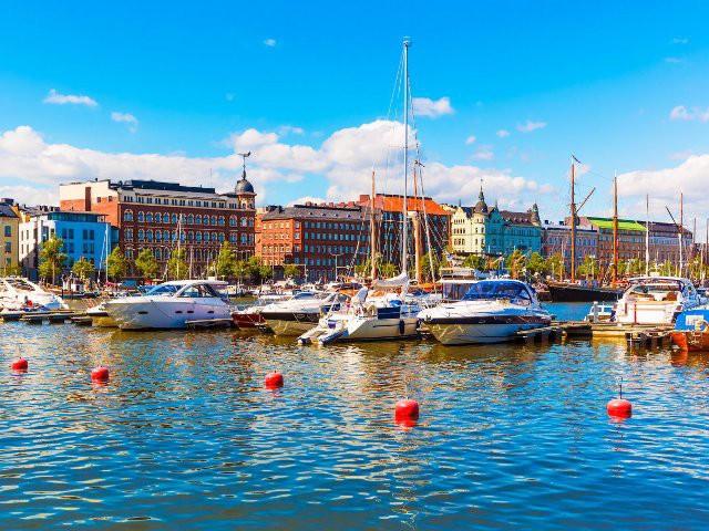 Top 15 thành phố nhìn ra biển đẹp nhất thế giới - Ảnh 14.