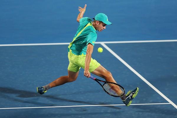 Giải quần vợt Sydney International: De Minaur, Kerber vào chung kết - Ảnh 1.