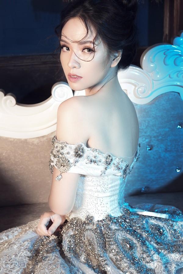 Con dâu Người phán xử khoe vẻ đẹp kiêu sa trong bộ ảnh mới - Ảnh 4.