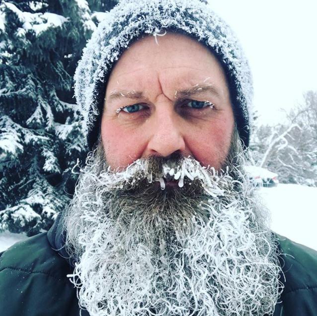 Những bức ảnh về mùa đông giá rét nhìn thôi đã thấy tê người - ảnh 18