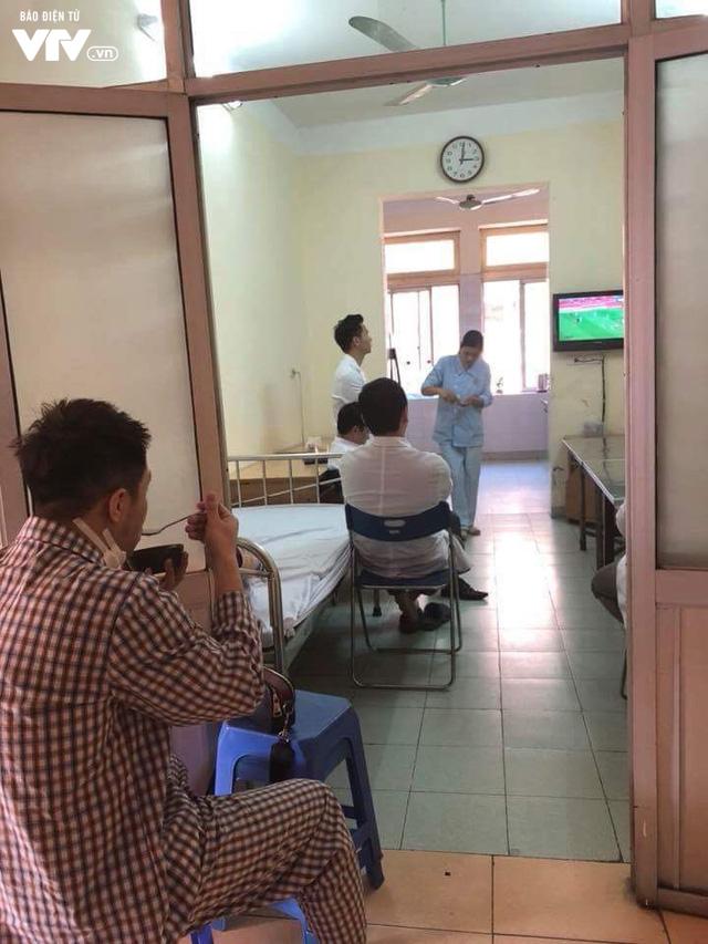 Cả nước sôi sục hướng theo bước chân của U23 Việt Nam - Ảnh 6.