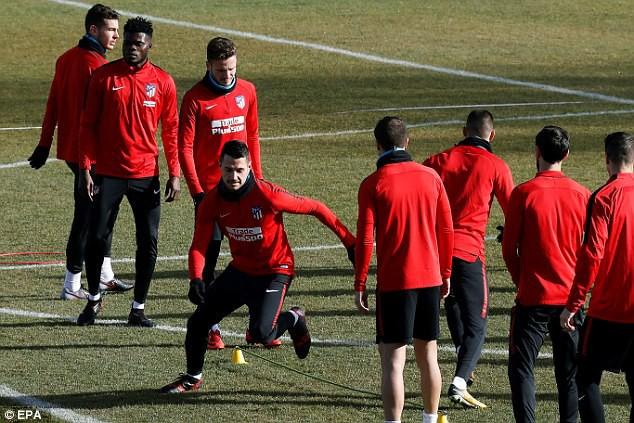 """Diego Costa """"hùng hục"""" tập luyện chờ ngày tái xuất - Ảnh 3."""