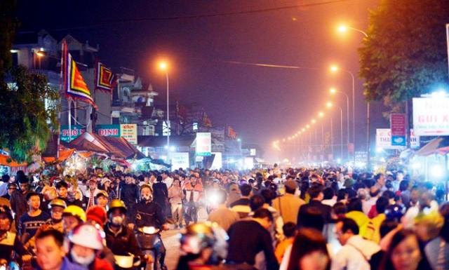 """Những phiên chợ """"âm phủ"""" đặc biệt nhất Việt Nam - Ảnh 2."""