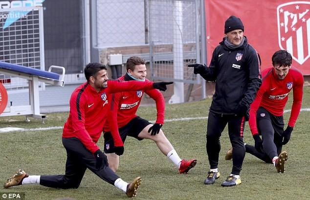 """Diego Costa """"hùng hục"""" tập luyện chờ ngày tái xuất - Ảnh 5."""