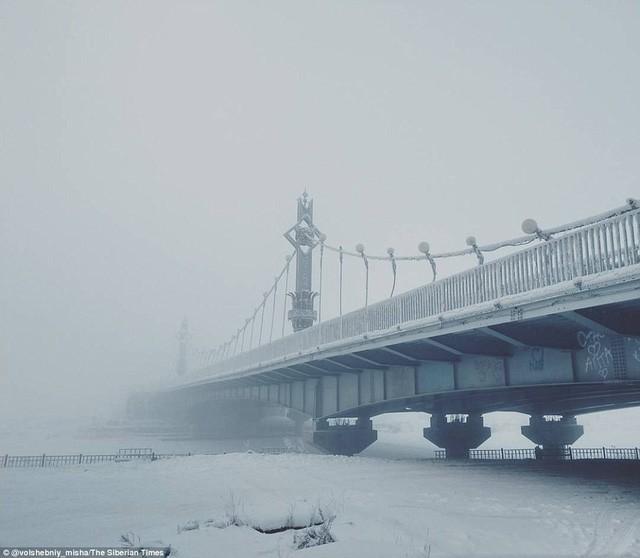 Nơi lạnh nhất thế giới khiến nhiệt kế cũng... vỡ tung vì quá lạnh - Ảnh 4.