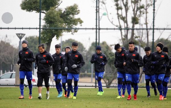 U23 Việt Nam tập buổi đầu tiên tại Trung Quốc - Ảnh 4.