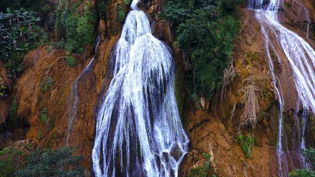 Thác nước cao 120m đẹp đến mê hồn ở xứ Nghệ - Ảnh 5.