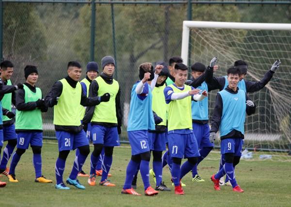 U23 Việt Nam tập buổi đầu tiên tại Trung Quốc - Ảnh 5.