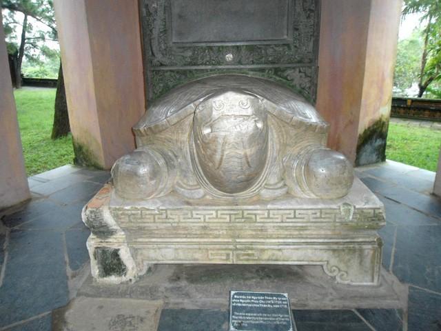 Vẻ đẹp ngôi chùa hơn 400 năm tuổi cổ nhất xứ Huế - Ảnh 6.