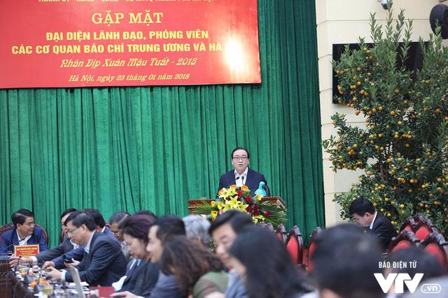 Lãnh đạo TP Hà Nội gặp mặt đại diện, phóng viên các cơ quan báo chí xuân Mậu Tuất - Ảnh 2.