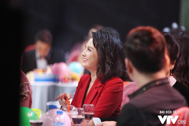 Khi cặp mẹ chồng - nàng dâu hot nhất màn ảnh Việt hội ngộ - Ảnh 1.