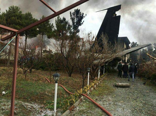 Tai nạn máy bay chở hàng ở Iran, 15 người thiệt mạng - ảnh 1