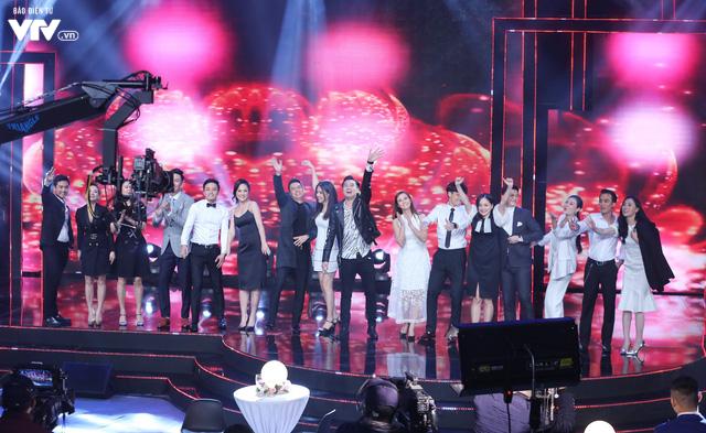 16 diễn viên hot nhất vũ trụ điện ảnh VTV quẩy tưng bừng ở chương trình Tết - Ảnh 1.